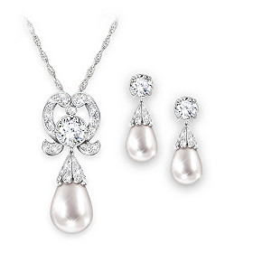 Royal Lover's Knot Pendant Necklace And Earrings Set
