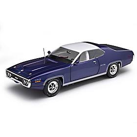 1:18-Scale 1971 Plymouth Satellite Sebring Plus Diecast Car