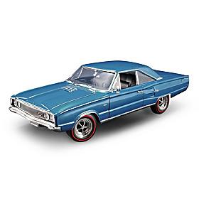 1:18-Scale 1967 Dodge Coronet R/T Diecast Car