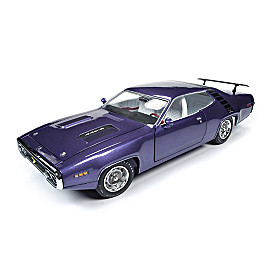 1:18-Scale 1971 Plymouth Road Runner Hardtop Diecast Car