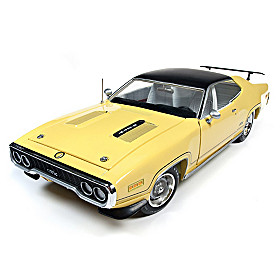 1:18-Scale 1971 Plymouth GTX Hard Top Diecast Car